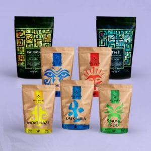 C'est un pack de CBD découverte composé de 5 variétés de fleurs de CBD et 2 thés et infusions enrichies au CBD, La Moïo Haze, la Laekniria, la S.Nung God, la Eber Skunk et la Kapnobatai. Pour le thé la Yamnaya et le Benjing